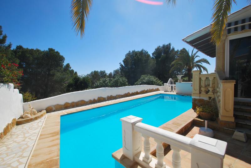 galer a de fotos se alquila chalet piscina privada On particular alquila casa vacaciones piscina privada